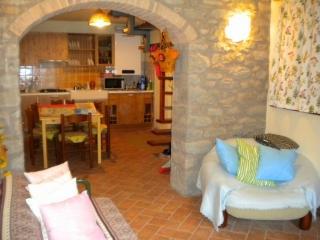 Delizioso appartamento in pietra, Pievepelago