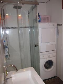 Rainforest shower and washer/dryer