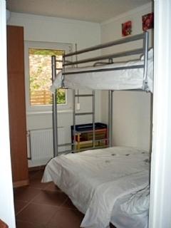 Bedroom Sleeps 3
