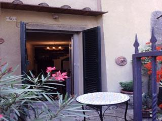 Holiday cottage near Siena, holiday rental in Scrofiano