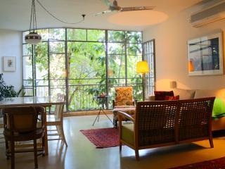 Lovely apartment - heart of TLV, Tel Aviv