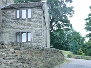 Holmfirth 1 Bedroomed Stone Cottage