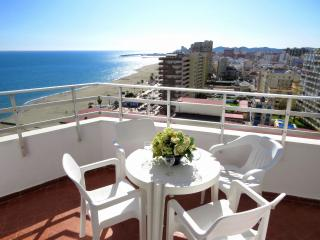 BEACH FRONT APARTMENT IN FUENGIROLA LOS BOLICHES