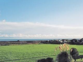 Lifeboat View, 8 Kingsway, Selsey, West Sussex., holiday rental in Bracklesham Bay