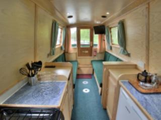 Kate Boats: Madeleine – 47 foot - 2/4 berth, Warwickshire