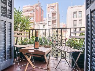 Art deluxe 2 br apartment, Barcelona
