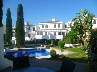 Lovely Beach side Townhouse Estepona Villacana