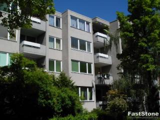 Excellent Berlin Apartment in Germany, Berlim