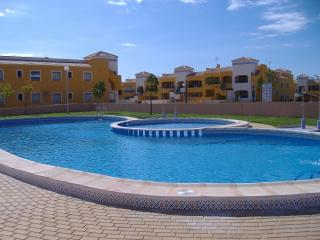La Herrada, Los Montesinos - Ground Floor apartment which can sleep 4
