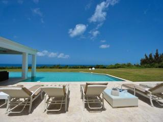Villa Ambiance - Terres Basses - 4 Bedroom, Cupecoy Bay