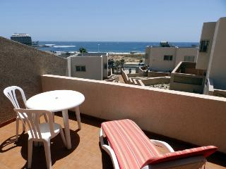Duplex with wifi, sea views and terrace  El Medano