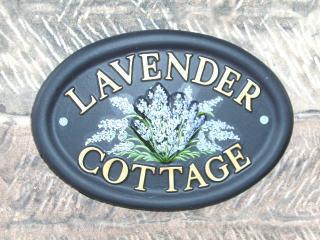 Lavender Cottage overlooking Alton Castle