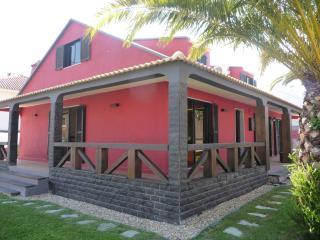 Aroeira Pool House
