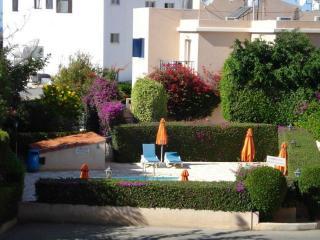 6996-Paphos Apartment