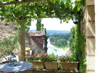 La Treille, Beynac-et-Cazenac