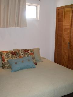 Guest bedroom - the room can be furnished with either a king size bed or two twin beds upon request