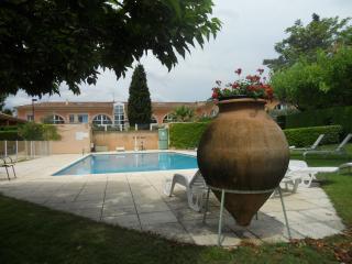 Les Lofts: Charming Provencal holiday apartment wi, Aix-en-Provence