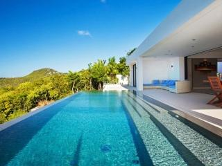 **AMAZING OFFERS PLEASE CONTACT EXCEPTIONAL VILLAS** 2 bedroom in St Jean