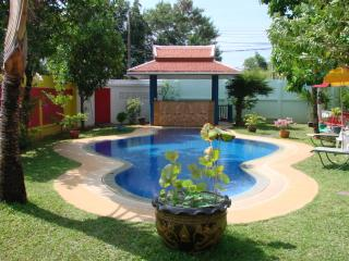 6 bedrooms in a guest Villa for 2 to 14 people., Rawai