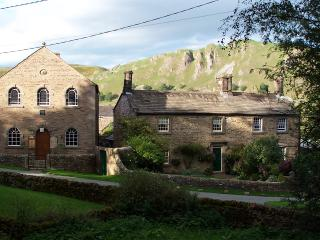 Vicarage Cottage, Hollinscloug, Buxton