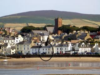 4* GOLD LUXURY SEA FRONT COTTAGE-AMAZING VIEWS SCOTTISH HEADLAND-2 SANDY BEACHES, location de vacances à Île de Man
