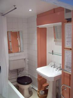 Bathroom Vicarage Cottage