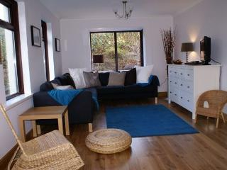 Boutique-Style Cottage, Peaceful, Walk to Beach, Saundersfoot