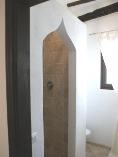 Large 2 person rain shower