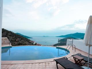 3 beds Detached villa only 250m to centrum, Kalkan