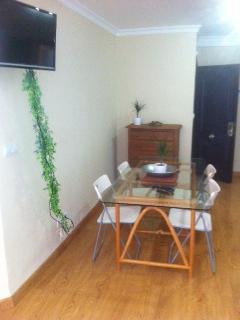 Mesa salon con tv