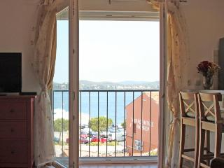 Cozy apartment with a sea view in old Rovinj
