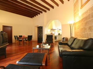 Luxury Pad with Private Terrace in Old Town, Palma de Mallorca