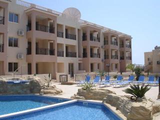 1650-Paphos Apartment
