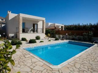 6770-Paphos Villa, Chlorakas