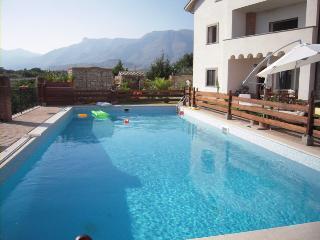 Appartamento Calypso- Pool&garden - Near Rome, Scauri