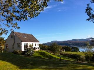 Rowan Cottage stunning peaceful sea view location, rural retreat, pet friendly.