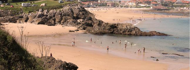 playa de comillas de bandera azul