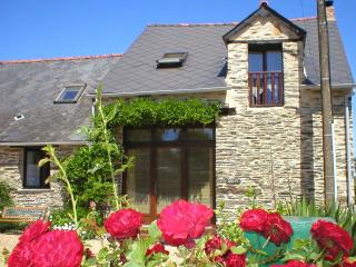 Wisteria Barn, South Brittany Cottages Free bikes, Wifi