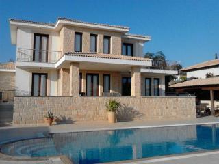 6756 - Paphos Villa