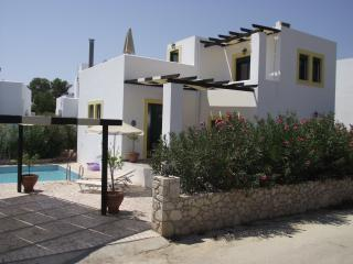 New luxury villa with private pool, sleeps 6-8, Lindos