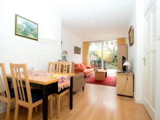 Holiday home Scheveningen Flat 1, Beach 800m