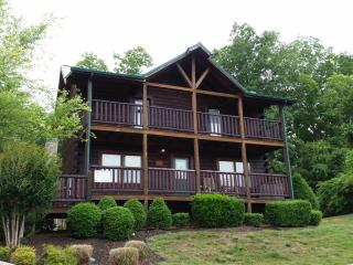Lookout Lodge  Cabins at the Crossing, Sevierville