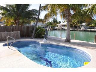 CHARMING KCB POOL COTTAGE, PVT POOL,46 FT DCK,WIFI, Key Colony Beach