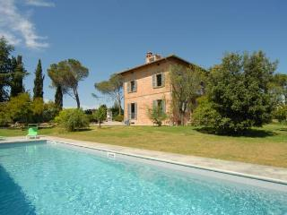 Tuscany 5 bedroom villa with private pool