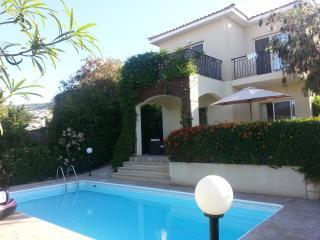 Villa Talassa near Coral Bay 4x4 Car and WiFi included