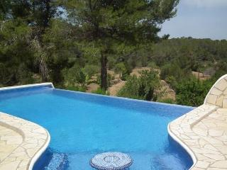 4 bedroom Villa in Benimussa, Ibiza, Ibiza : ref 2240122