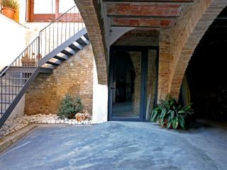 La Casa del Mig, Castello d'Empuries