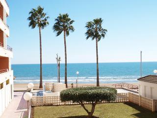 ApartUP La Concha Beachfront I. Pool + Pk + 4 Pax, Oropesa Del Mar