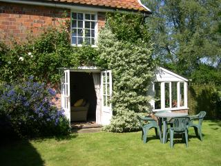Garden with french doors into sittingroom