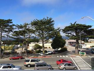 Hawthorne 901A, Monterey